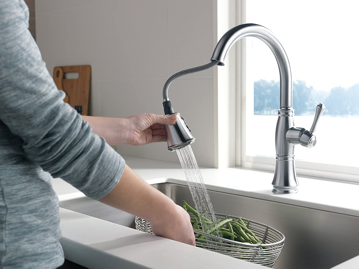 Delta 9197-AR-DST Cassidy Single-Handle Pull-Down Kitchen Faucet ...