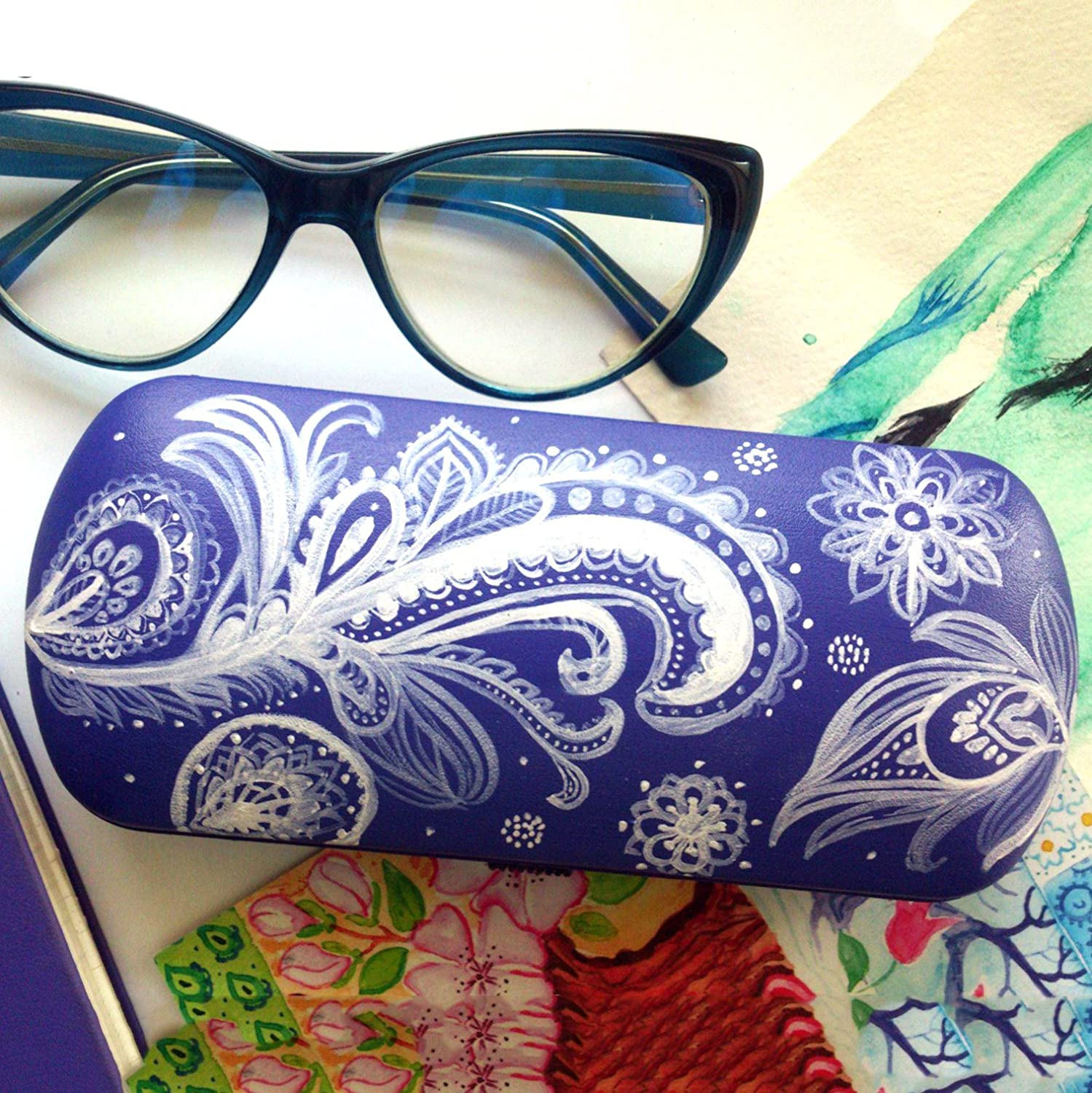 Reading glasses case Indian pattern