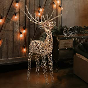 Alpine Corporation AUH164 Alpine Halogen Lights, Outdoor Plug-in Festive Holiday Décor for Yard and Garden Rattan Reindeer