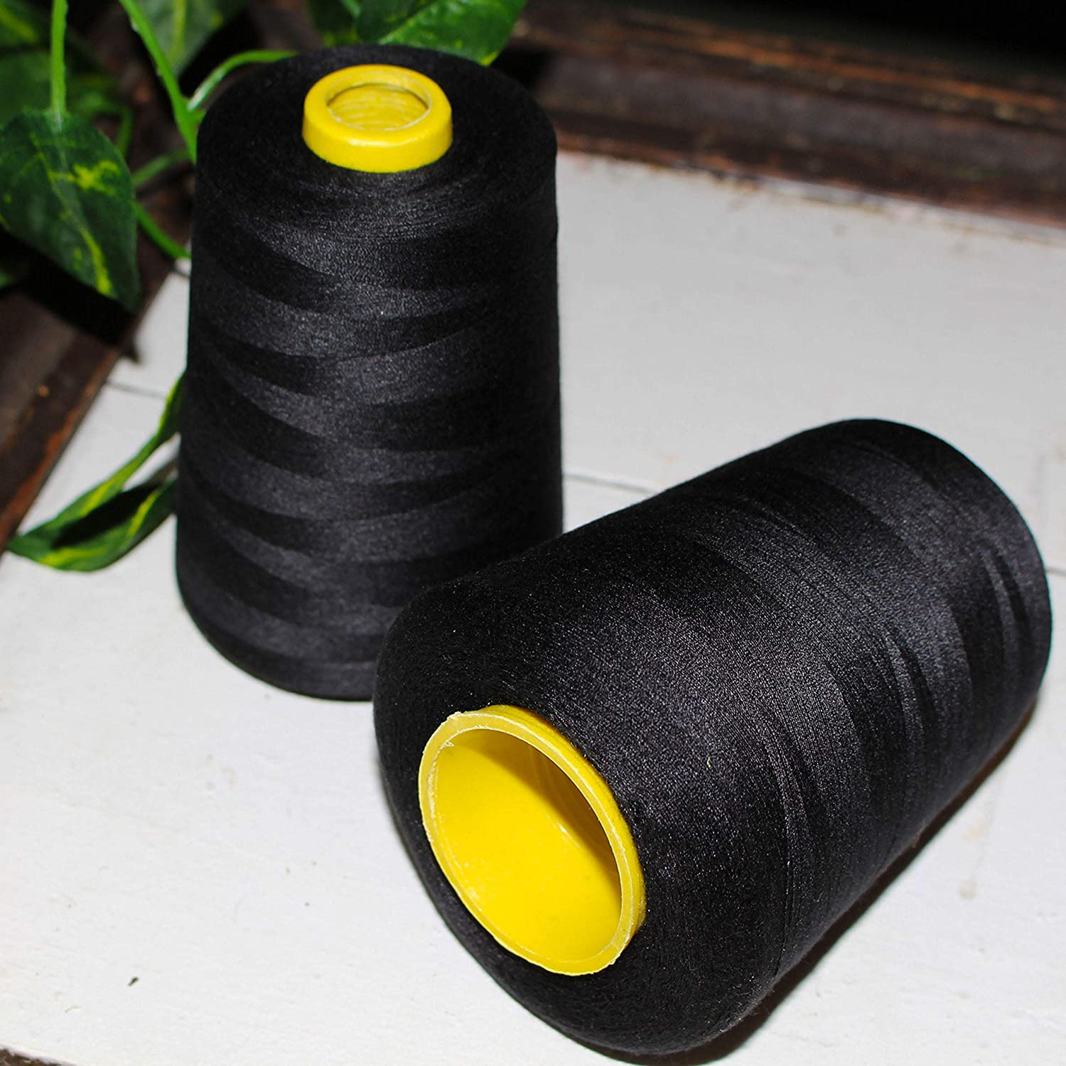 4 x 4572 metre Overlocker Thread Black Sewing Machine Polyester Thread High Quality Spool Perfect for Hand and Machine Cross Stitch Threads for Embroidery Sewing Thread Quilting and Upholstery