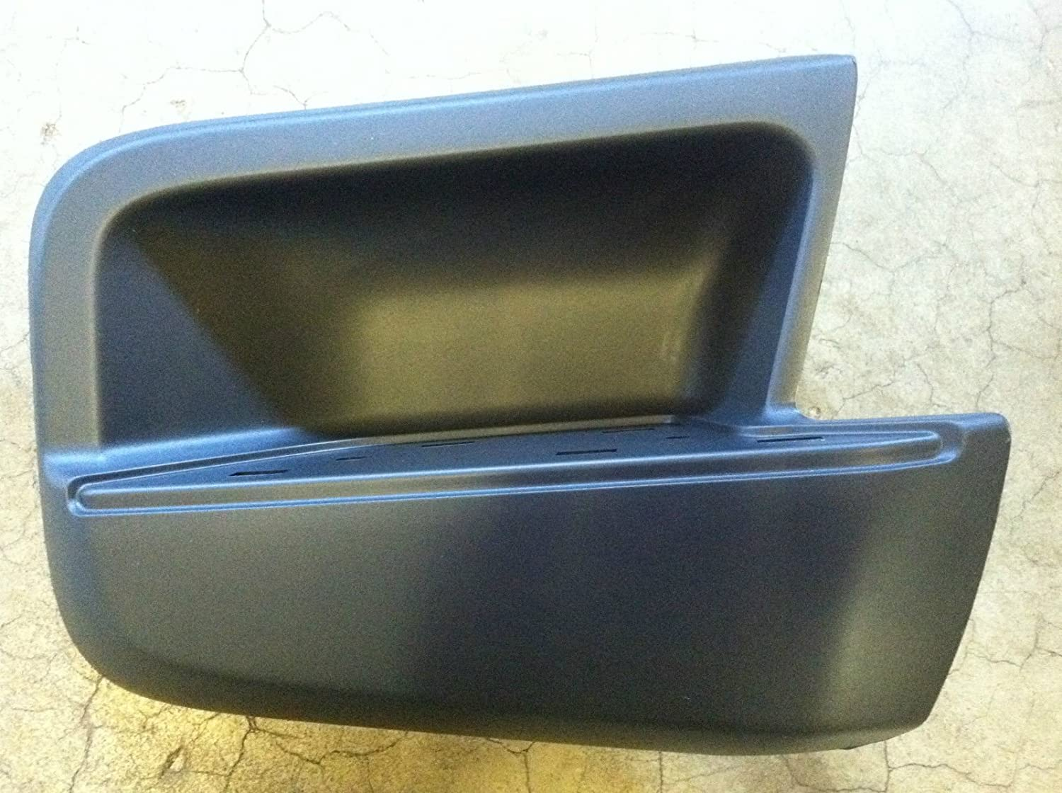 NEW OEM 2005-2015 NISSAN XTERRA RIGHT BUMPER STEP WITH PAD PASSENGER SIDE