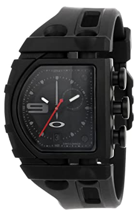amazon com oakley men s 26 300 analog watch watches rh amazon com oakley fusebox watch replacement bands relogio oakley fuse box