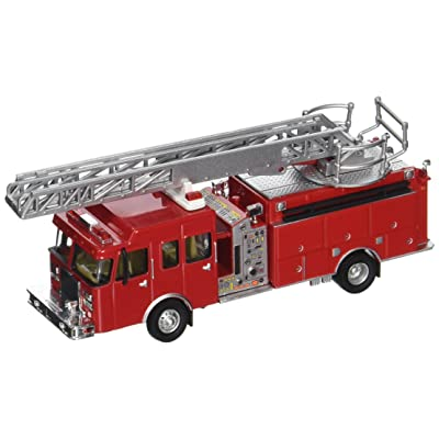 Walthers SceneMaster Heavy-Duty Ladder Truck: Toys & Games