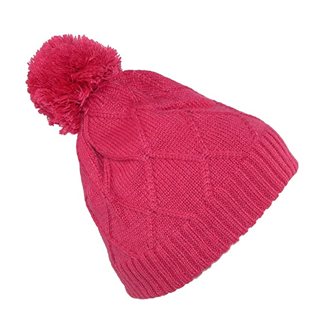 3de3d8df5a4 Broner Girls  Diamond Pattern Cable Knit Beanie Hat with Pom  Amazon.ca   Clothing   Accessories