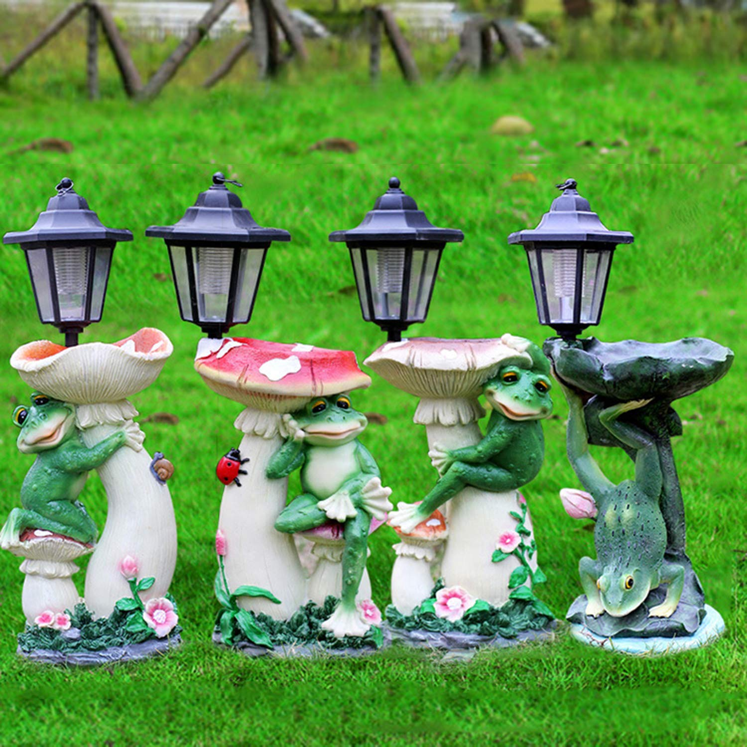 LOVEPET Outdoor Frog Mushroom Solar Light Simulation Decoration Garden Frog Mushroom Bird Feeder Garden Villary Landscape Decorations 19X17X46cm