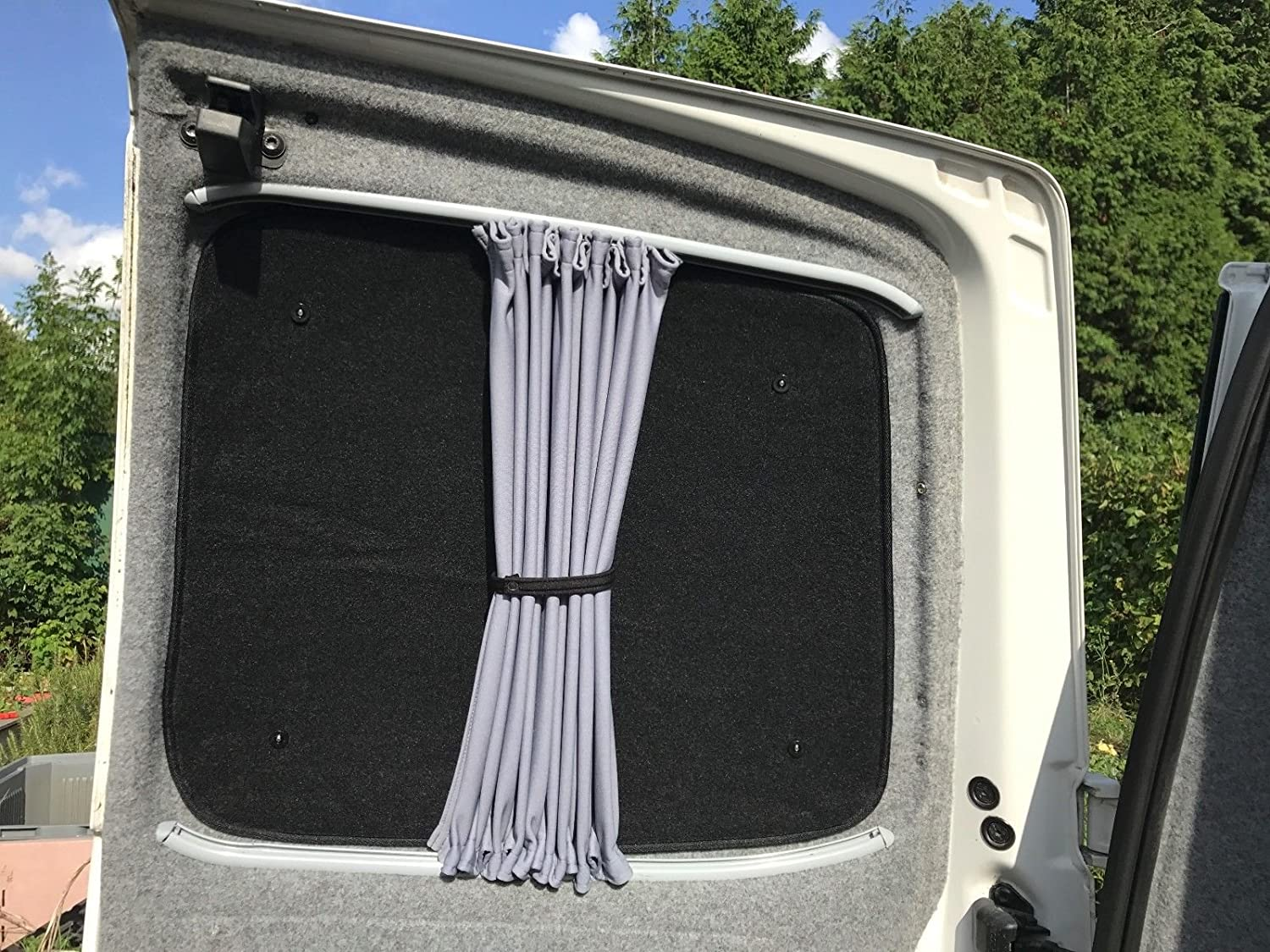 Fuel Lagoon T5 Thermal Silver Screen Window Blinds Tailgate Screen black out blind insulate