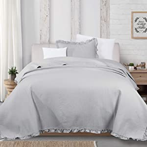 Great Bay Home 2-Piece Ruffle Skirt Quilt Set with Sham. Channel Stitch Twin Quilt Set, All Season Bedspread Quilt Set, Azalea Collection (Twin, Light Gray)