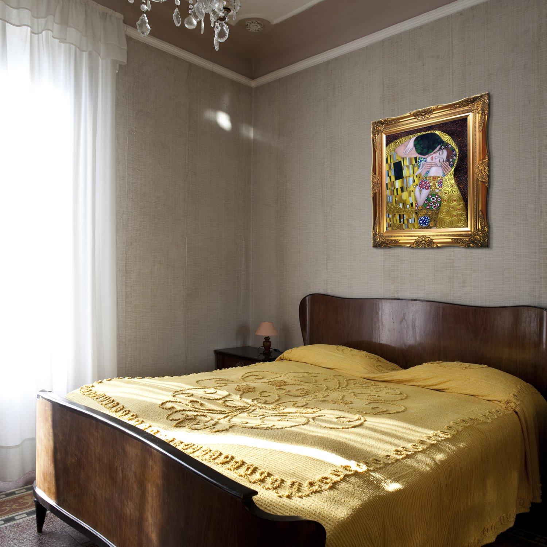 La Pastiche The Kiss Metallic Embellished Artwork By Gustav Klimt With Victorian Gold Frame