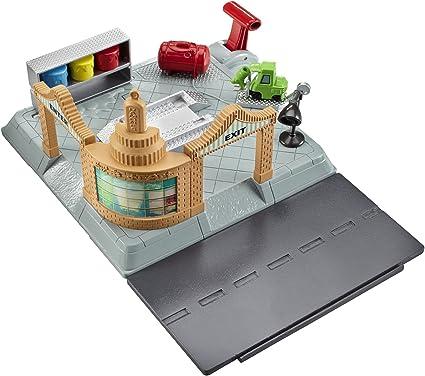 Amazon Com Disney Pixar Cars Action Shifters Ramone S Body Shop Playset Toys Games