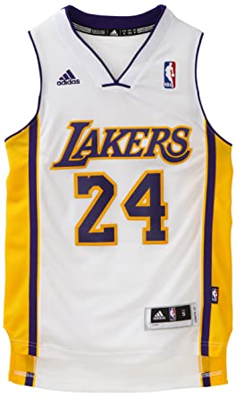 0941be9e34f7 Amazon.com   NBA Los Angeles Lakers Kobe Bryant Swingman Alternate Youth  Jersey