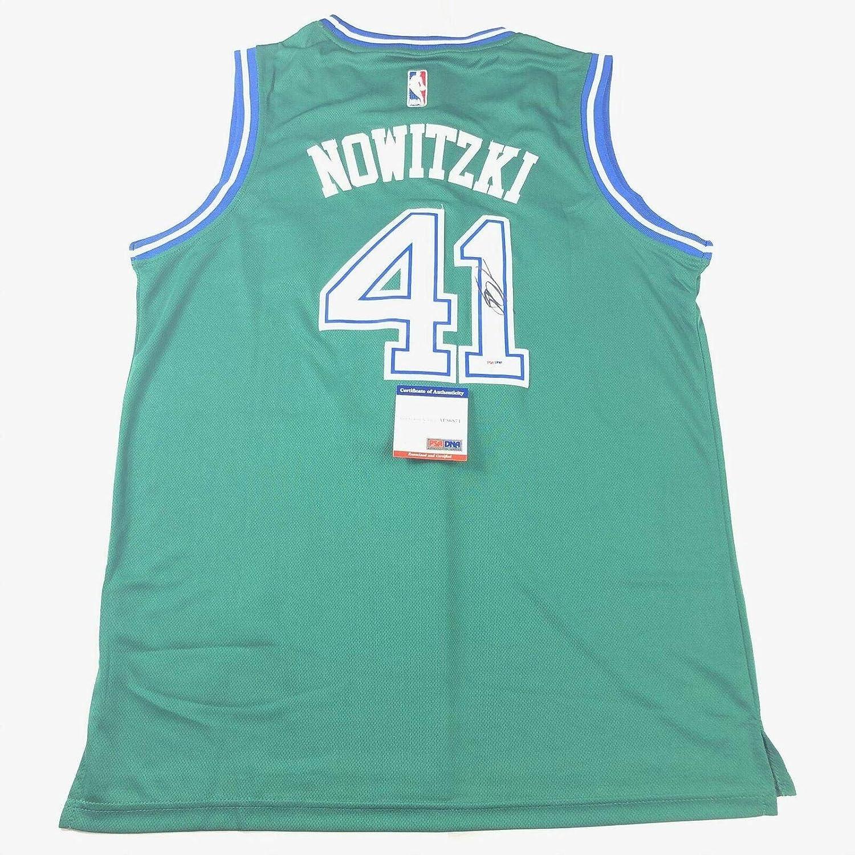 dirk nowitzki signed jersey