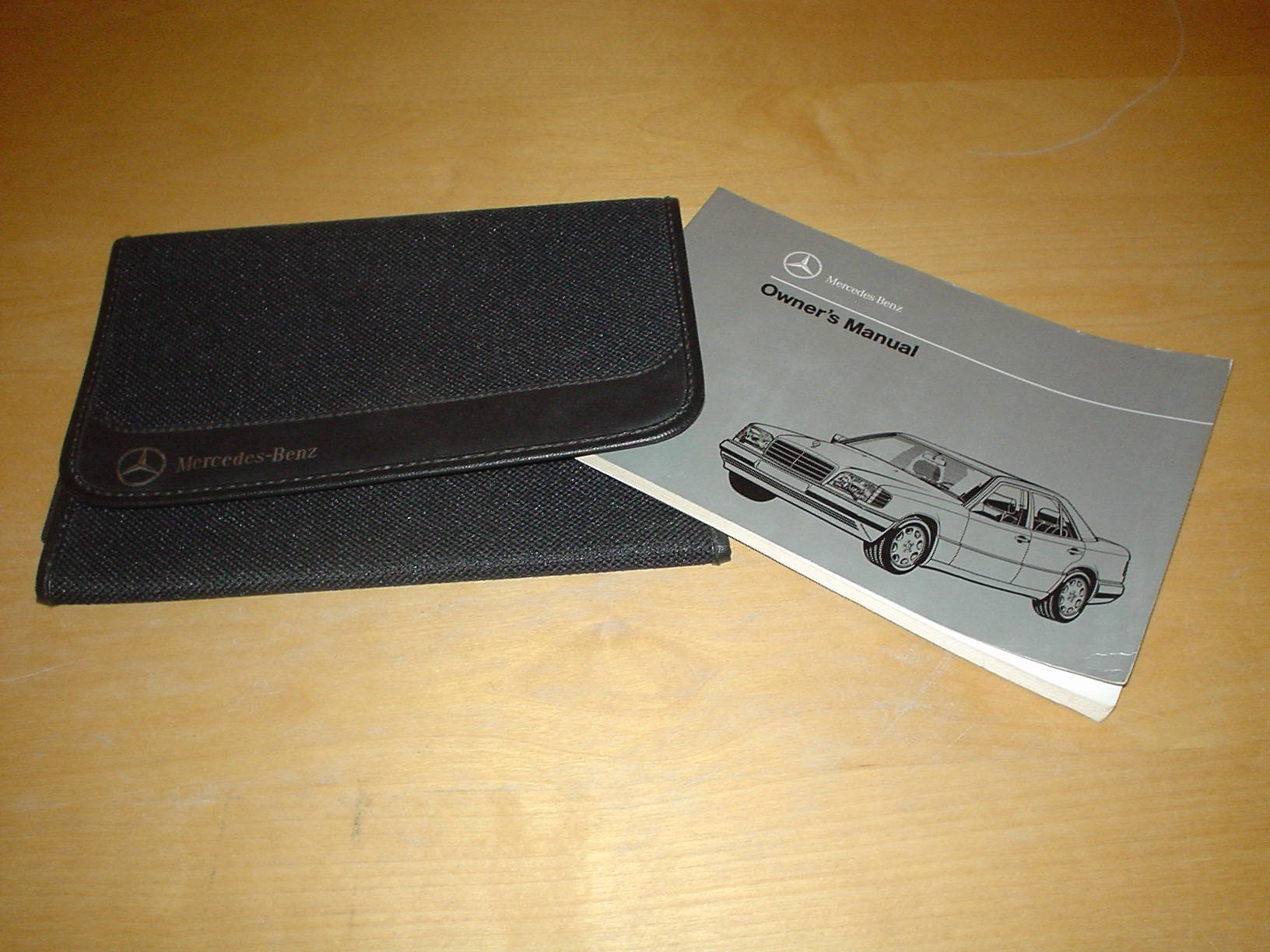 MERCEDES BENZ E-CLASS W124 ESTATE OWNERS MANUAL HANDBOOK (1984