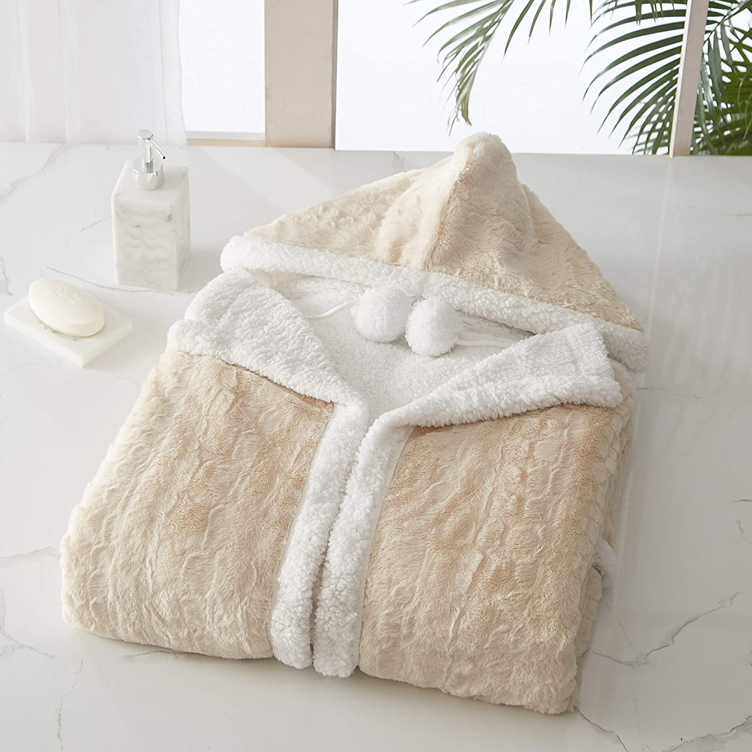 """Chic Home Lansing Snuggle Hoodie Animal Pattern Robe Cozy Super Soft Ultra Plush Micromink Coral Fleece Sherpa Lined Wearable Blanket with 2 Pockets Hood Drawstring Closure, 51"""" x 71"""""""