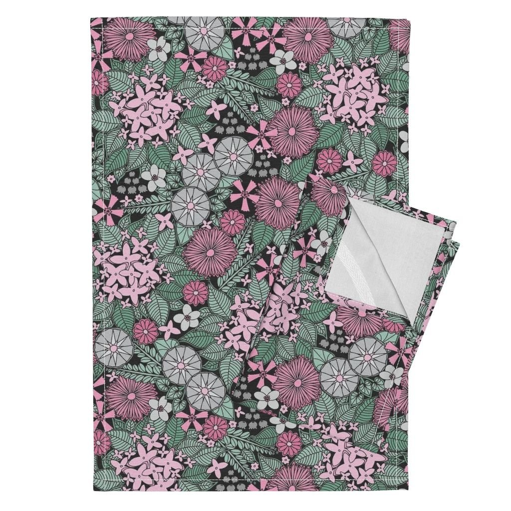 Flower Floral Nature Pretty Girl Garden Pink Tea Towels Wild Wallflowers (Pink and by Robyriker Set of 2 Linen Cotton Tea Towels