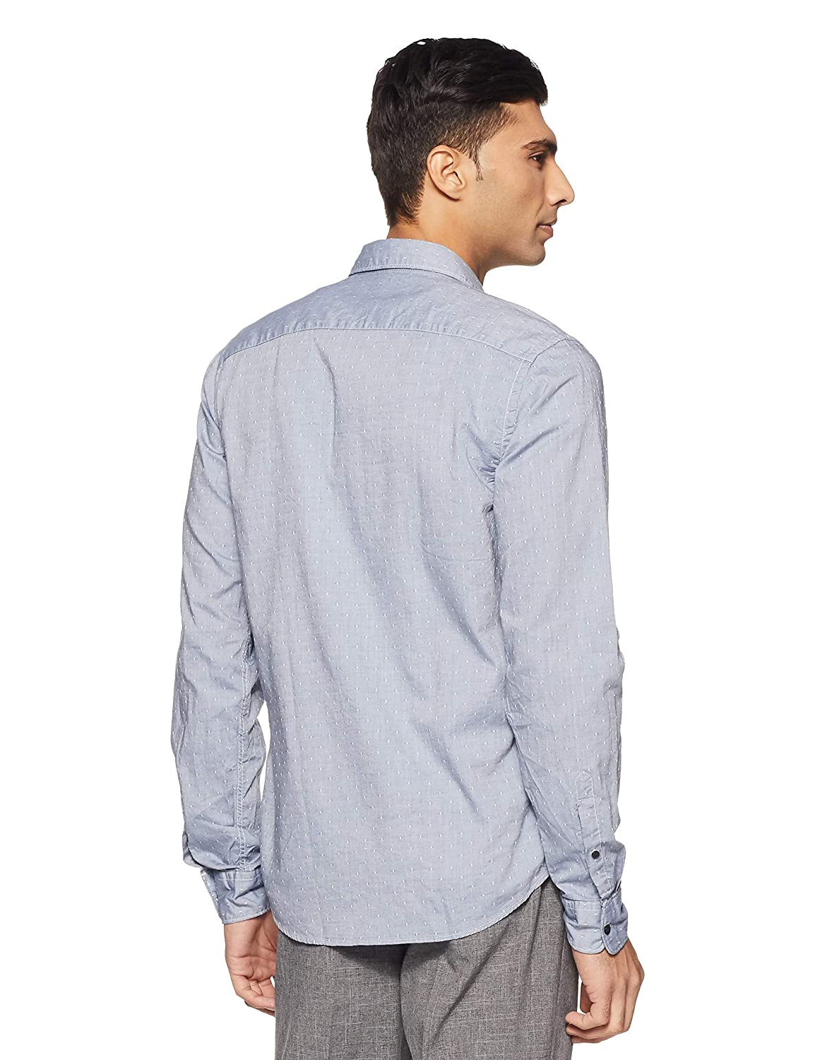 265825d83f6 Amazon.com: Scotch & Soda Mens Regular Fit Classic Shirt w/Chest Pocket,  Fixed Pocket Square: Clothing
