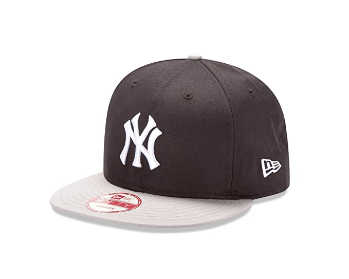 Amazon.com   MLB New York Yankees Cooperstown 9Fifty   Sports Fan Baseball  Caps   Sports   Outdoors 5c8c9af4170
