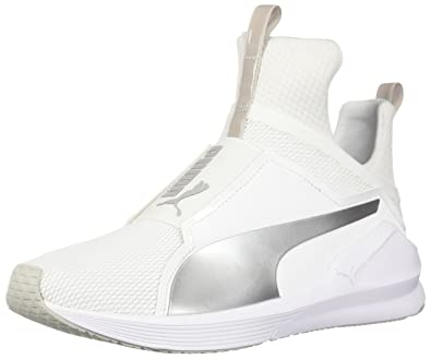 cd2b6297997 PUMA Unisex Fierce CORE JR Sneaker