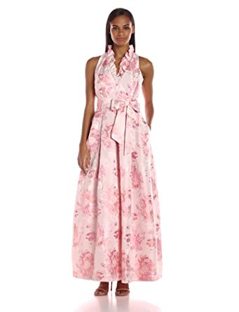cf83fb8852aa Jessica Howard Women's Ruffle Neck Ballgown at Amazon Women's ...