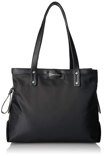 Amazon.com: Calvin Klein Lane Bolso de nailon con tres ...