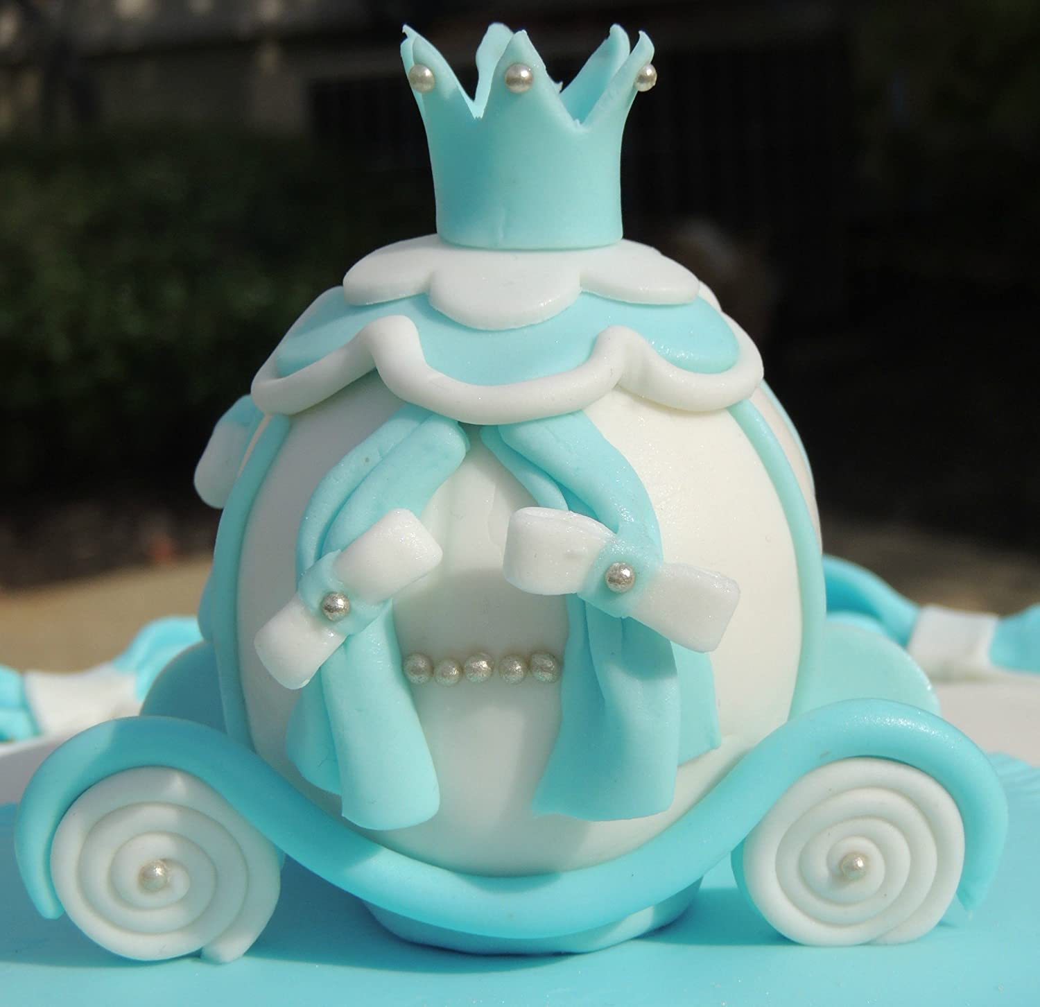 Fondant Princess Carriage Cake Topper Amazoncom Grocery Gourmet