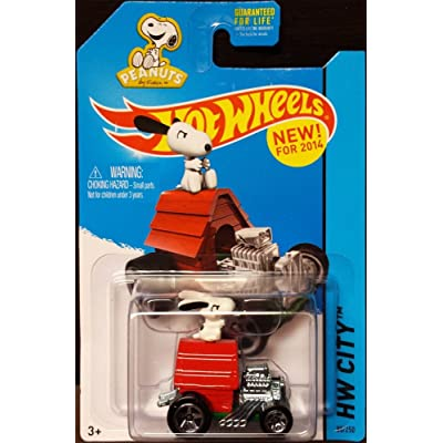 Hot Wheels 2014 HW City Peanuts Snoopy 88/250: Toys & Games