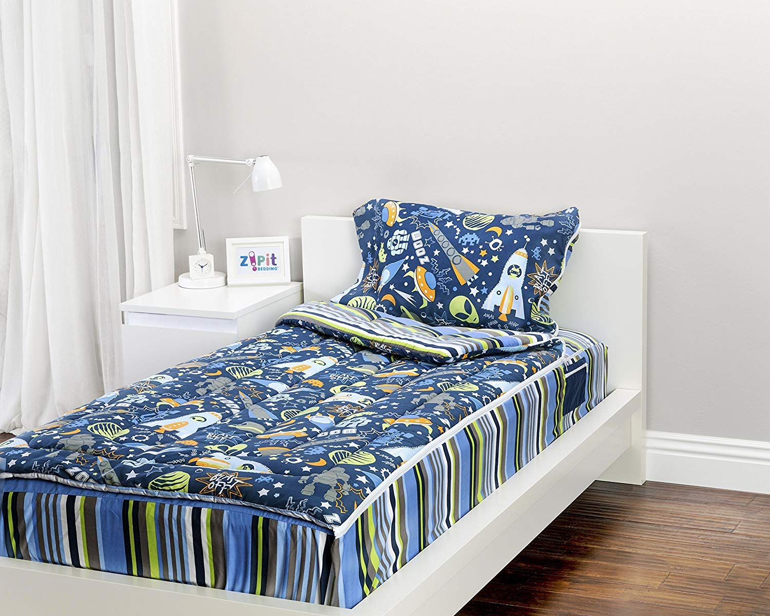 ZIPIT Bedding Set, Outer Space (Twin)