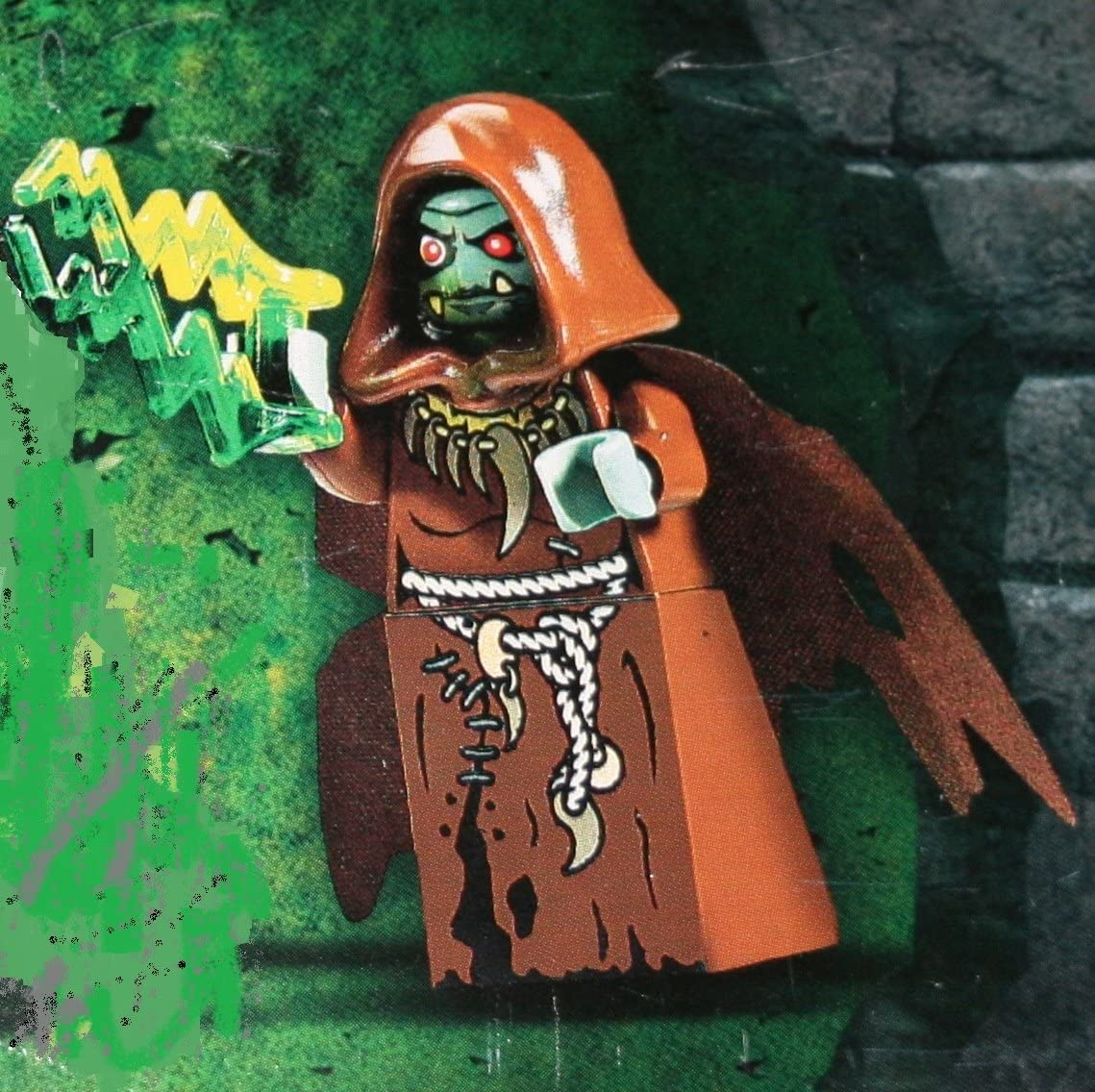 Troll Queen / Evil Sorceress Lego Minifigure with Green Lightning Bolt Staff included~ Lego Castle Minifigure ~ 7097