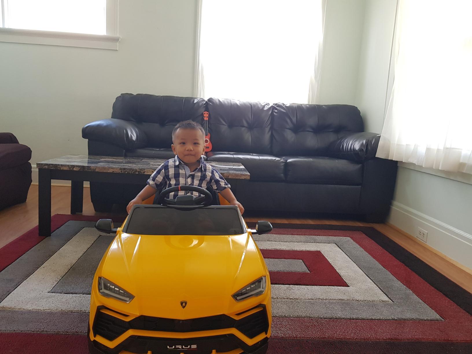 12V Lamborghini Ride On Car With Remote Control, Yellow photo review