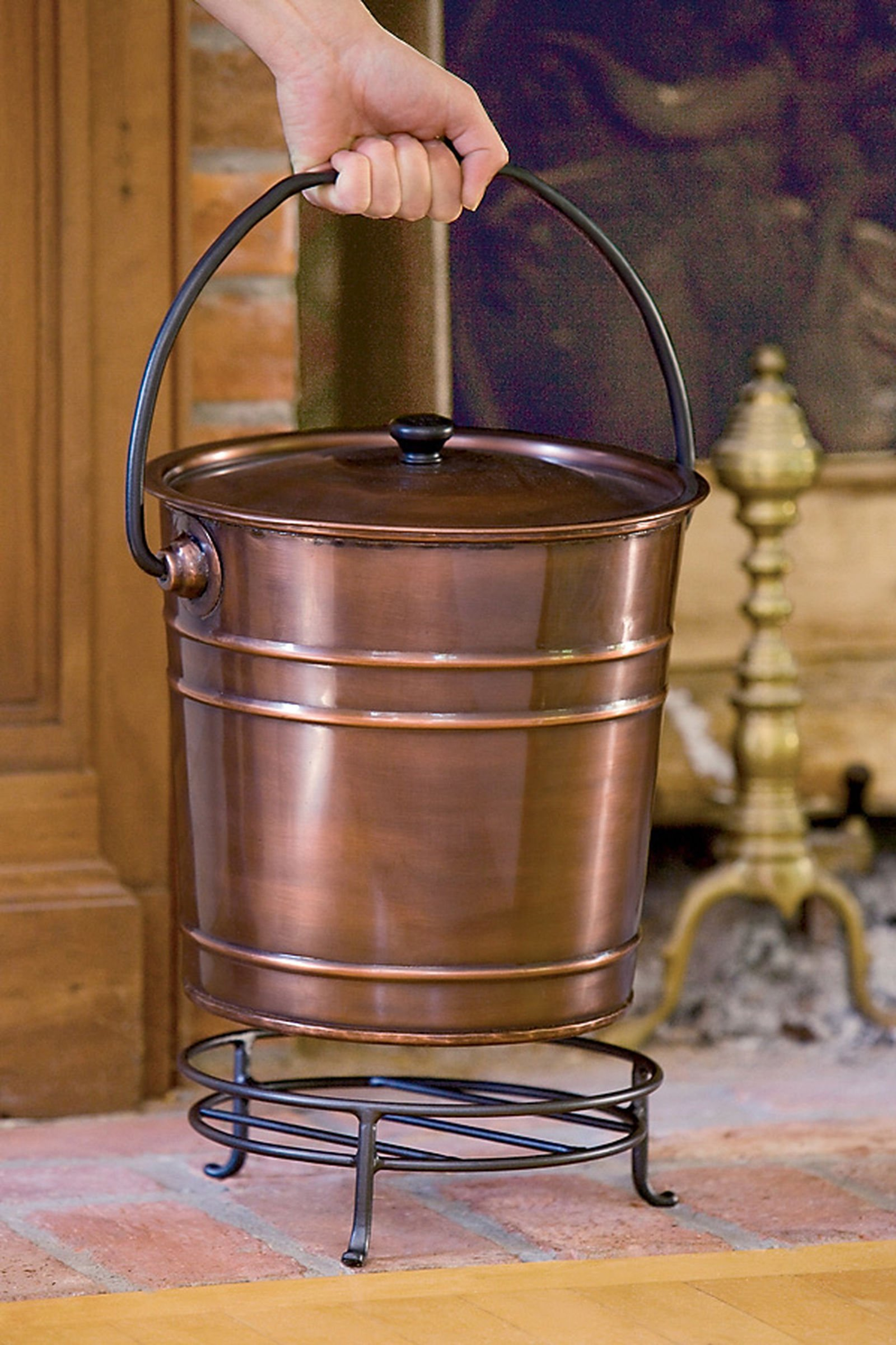 Gardener's Supply Company Steel Copper Finish Fireplace Ash Bucket with Floor Protection Stand, Holds 8 Quarts by Gardener's Supply Company
