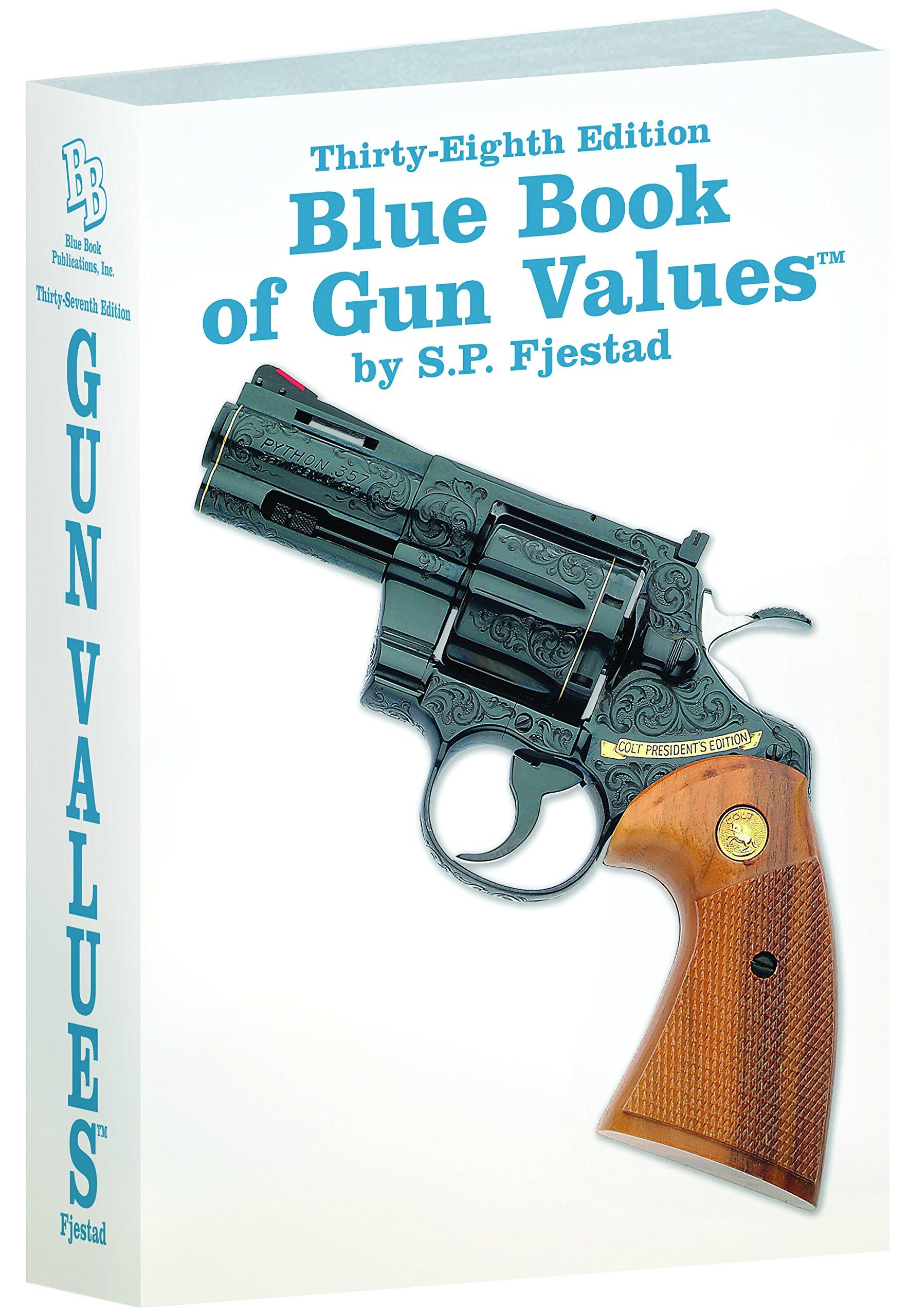 Amazon.com: 38th Edition Blue Book of Gun Values (0609068000382 ...
