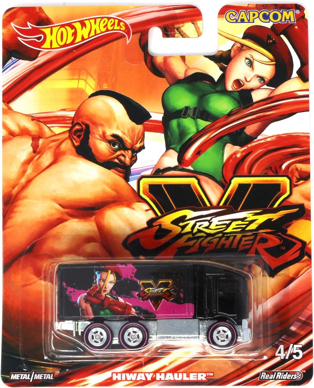Amazon Com Hot Wheels Street Fighter V 4 5 Zangief Vs Cammy Hiway