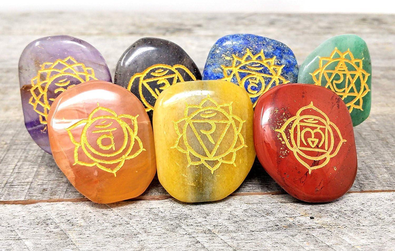 Lot de 7/Chakra grav/é Symboles Cristal Gu/érison Lot///équilibrage de Holistique Poli Pierres de Massage