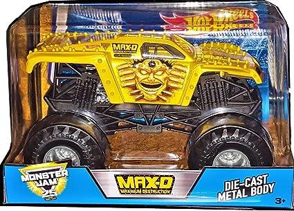 Amazon Com Monster Jam 2017 Hot Wheels Maximum Destruction 1 24 Scale Gold Edition New 11 Time Champion Big Truck Toys Games