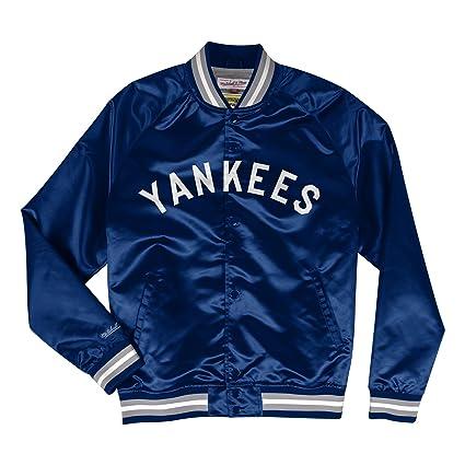 e88a65c55 Amazon.com : Mitchell & Ness New York Yankees MLB Men's Big Time  Lightweight Satin Jacket : Sports & Outdoors
