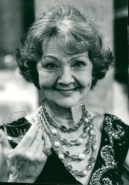 Iris Sadler