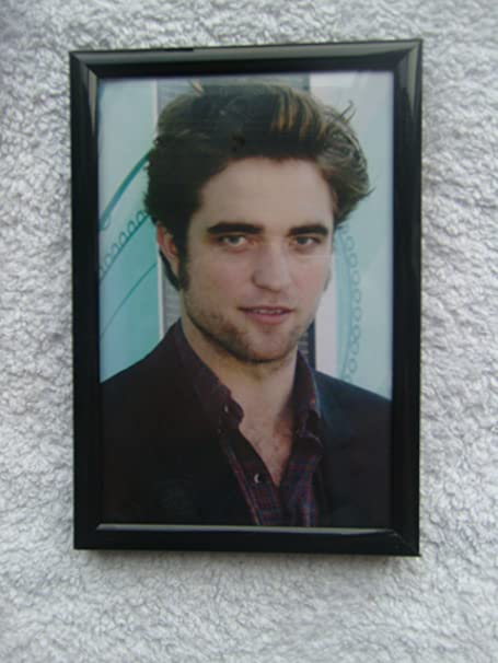 6x4 Inch Black Framed Movie Twilight Robert Pattinson Edward Cullen  Photograph Picture  Amazon.co.uk  Kitchen   Home 001574a9d913