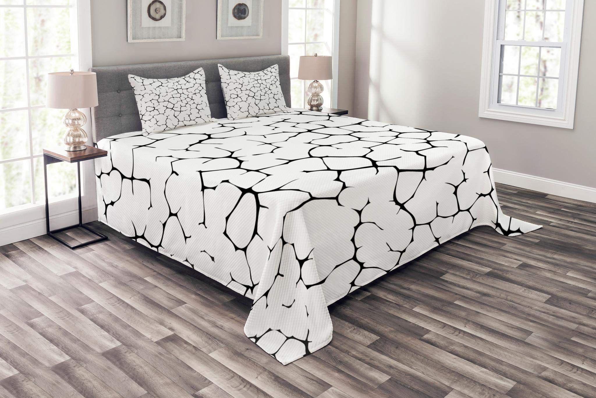 Lunarable Black and White Bedspread Set King Size, Abstract Art Illustration of Cracked Texture of Wall or Earh Print, Decorative Quilted 3 Piece Coverlet Set with 2 Pillow Shams, Black and White