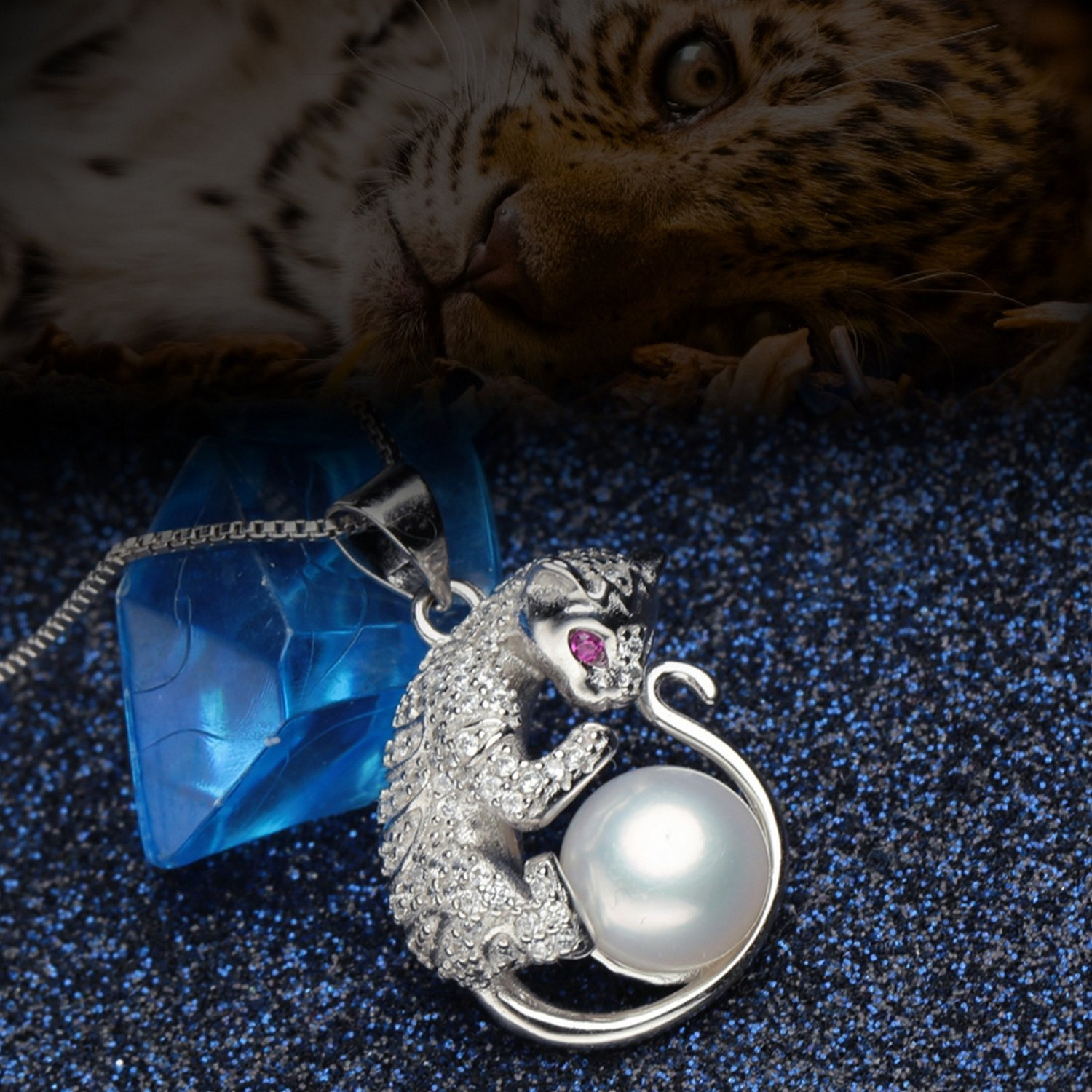 CS-DB Jewelry Silver Pearl Charm Leopard Chain Charm Pendants Necklaces