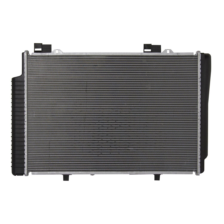 Spectra Premium CU2882 Complete Radiator by Spectra Premium (Image #3)