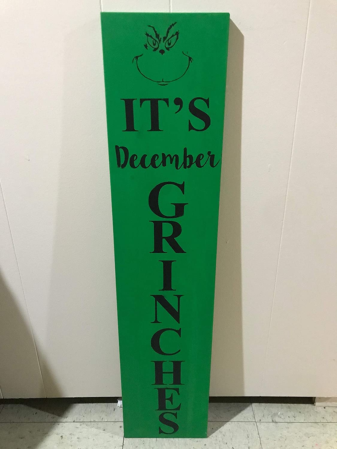 43LenaJon It's December Grinches!!! Custom Made Front Door Sign,Rustic Wood Wall Sign,Hanging Wood Sign Decor for Garden