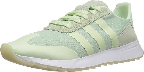 adidas women sneaker green white