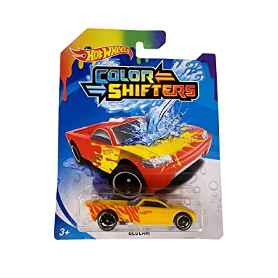 Hot Wheels Color Shifters Bedlam Yellow and Red Die-Cast Car 1:64 Scale: Toys & Games