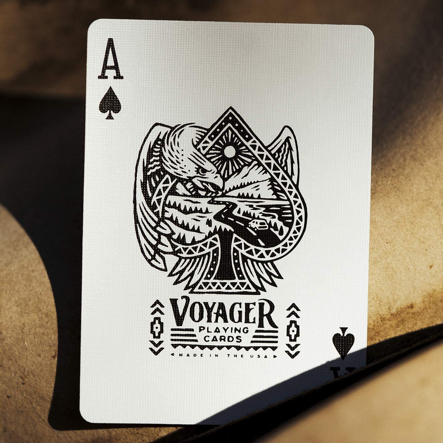 Voyager Theory 11 Premium Playing Cards Deck Magic Tricks Boxed Gold USA NEW