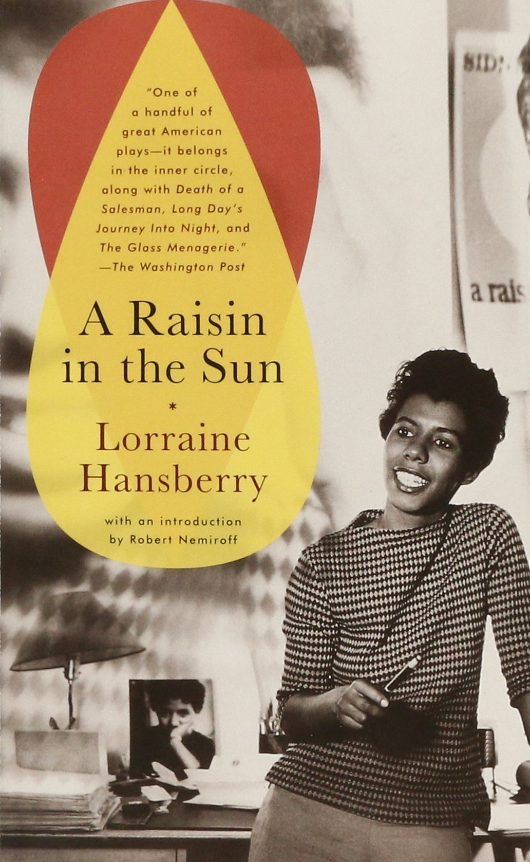 a raisin in the sun lorraine hansberry books a raisin in the sun lorraine hansberry 9780679755333 books ca