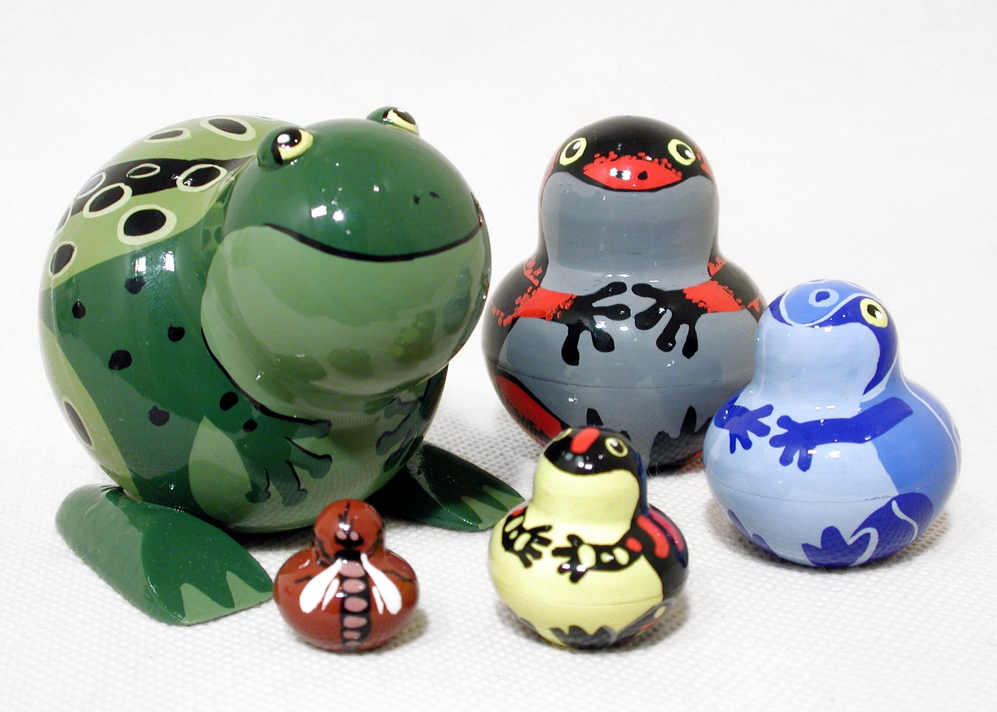 Rainforest Frogs Russian Nesting Doll 5pc/4''