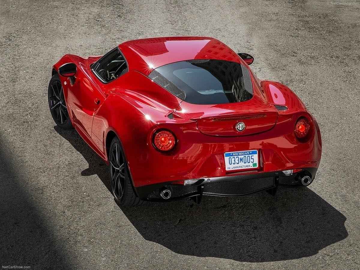 Gifts Delight Laminated 32x24 Poster: Sports Car - 2015 Alfa Romeo 4C Super Sport Car