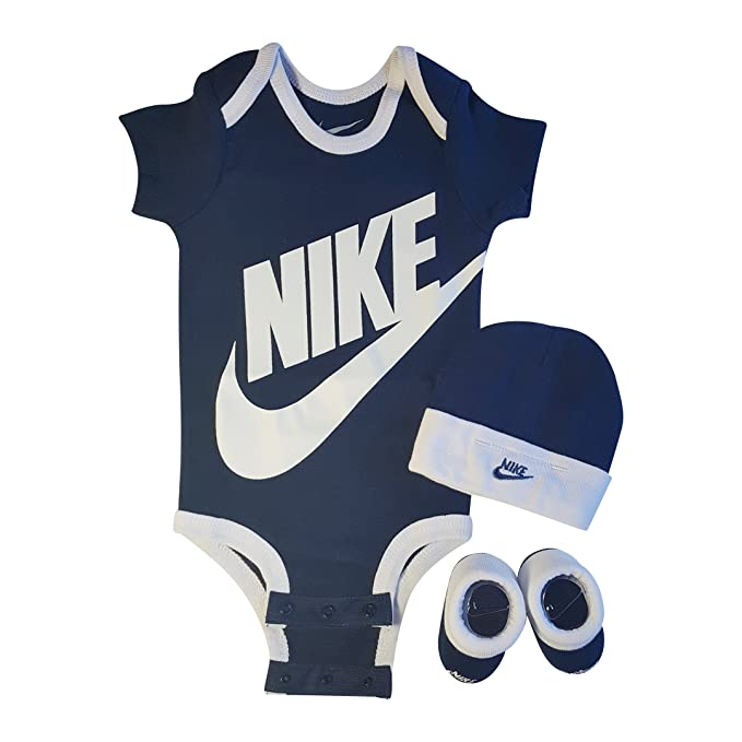 Nike 3 Piece Infant Set for Baby Boy s and Girl s a8869a70e6bd