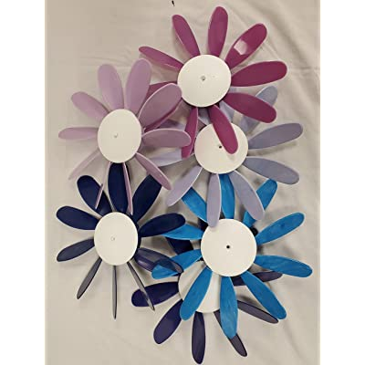Beloit Plastics, LLC Classic Spinning Daisy 6 Pack, Blue Pink and Purple, Wind Spinner, Lawn, Garden and Patio Decoration, Flower Spinner, Garden Stake: Garden & Outdoor