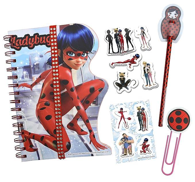 Prodigiosa: Las aventuras de Ladybug Prodigiosa Ladybug-40954 Prodigios: Las Aventuras de Ladybug Set Regalo con Diario, Color Rojo, 26 x 26 cm (Cife ...