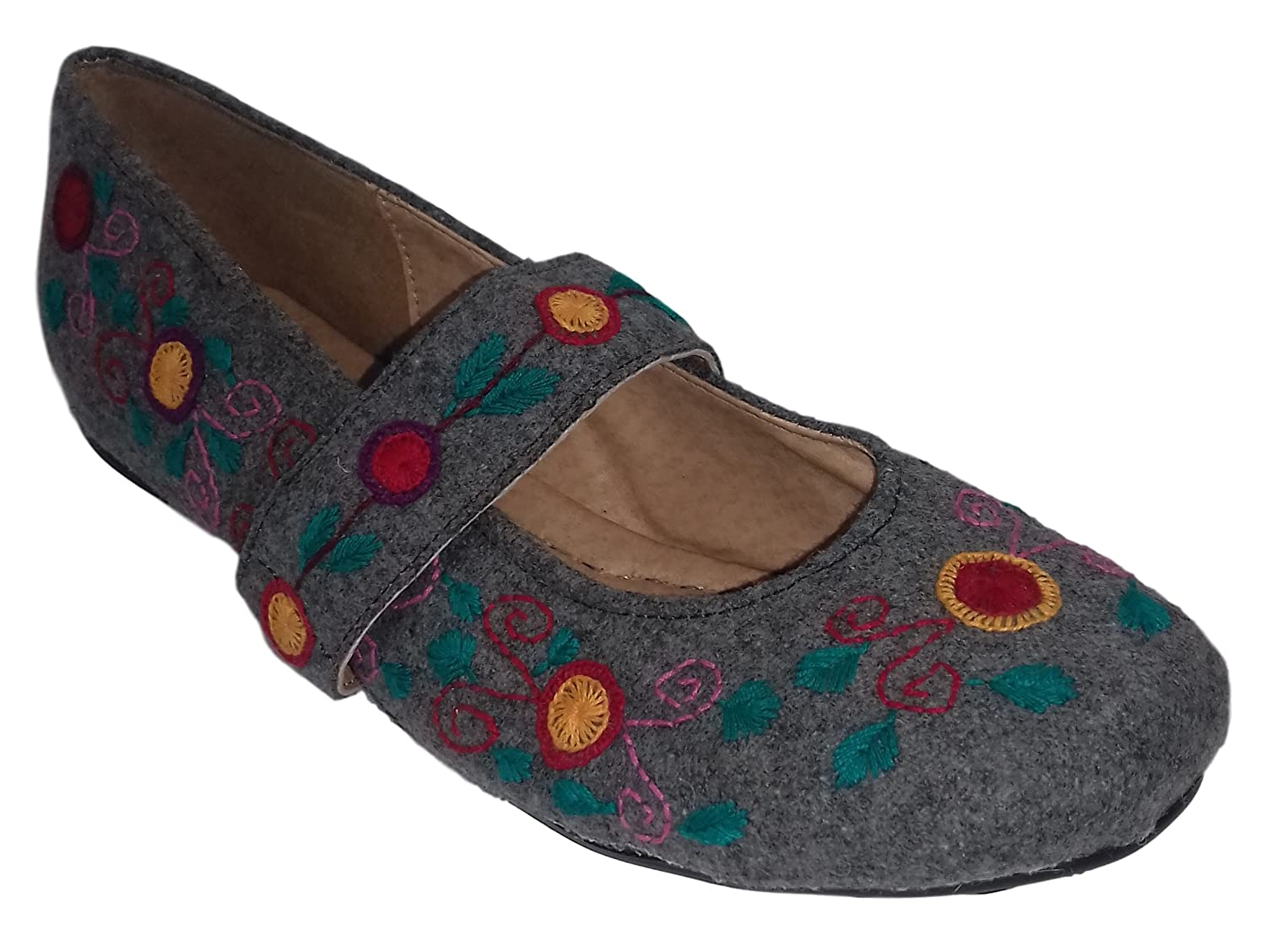 Mexican Handmade Shoes for Women, Mexican Handcraft, Embroidery from Chiapas